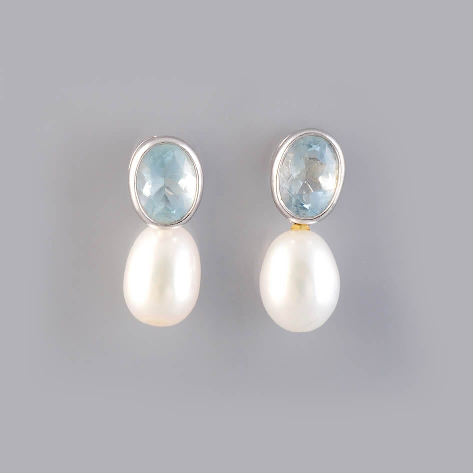 1930's Pearl Earings with 18ct Gold Setting - £500
