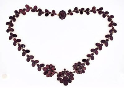 A Garnet Necklace circa 1820 - £2,800